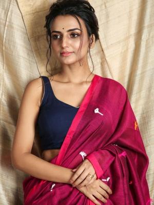 Magenta Hand Woven Pataka Saree With Running Blouse Piece